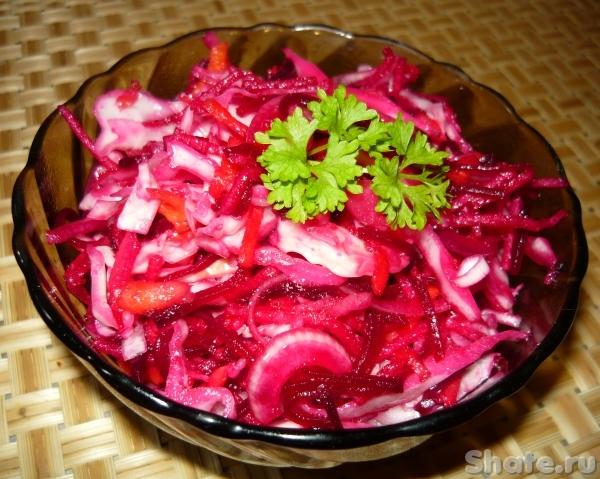 салат из свёклы с капустой