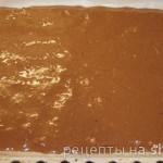 Шоколадно-ореховый рулет с творогом