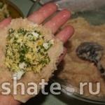 котлетки с начинкой из сыра и яиц