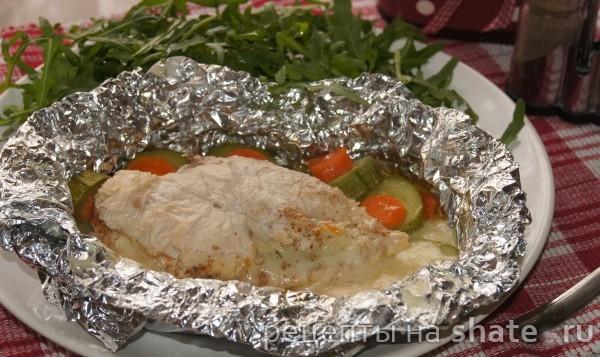 Куриная грудка с овощами запеченая в фольге